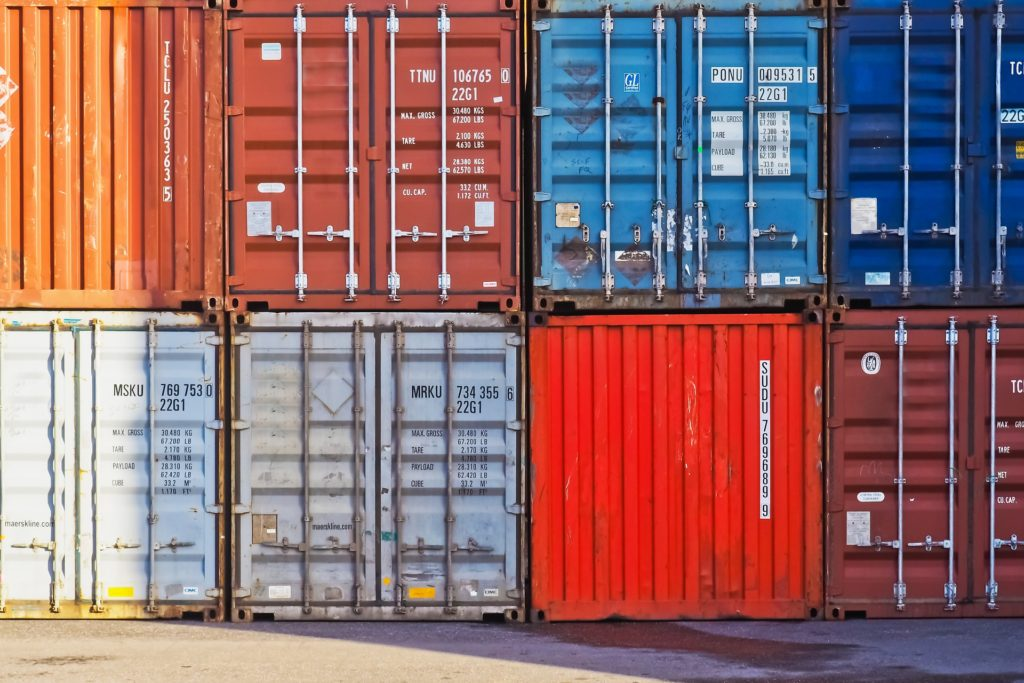 sell-shipping-containers