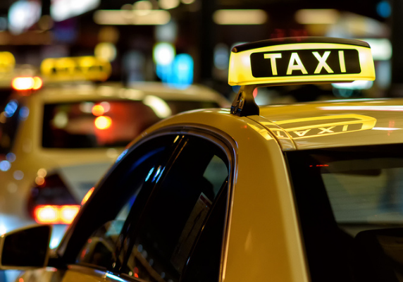 9 Reasons You Need Taxi Dispatch Software
